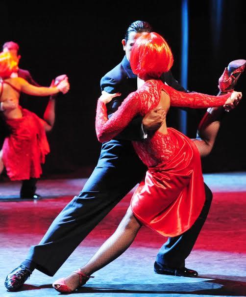 """""""В красном платье с разрезом…""""  Дух Аргентины и все эпохи танго в одном спектакле"""