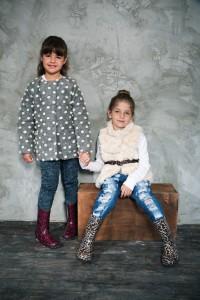 מבצע חנוכה מפנק לילדים ברשת סקופ קונים נעל 1 ומקבלים 2 במתנה ! צילום שי יחזקאל(Large)