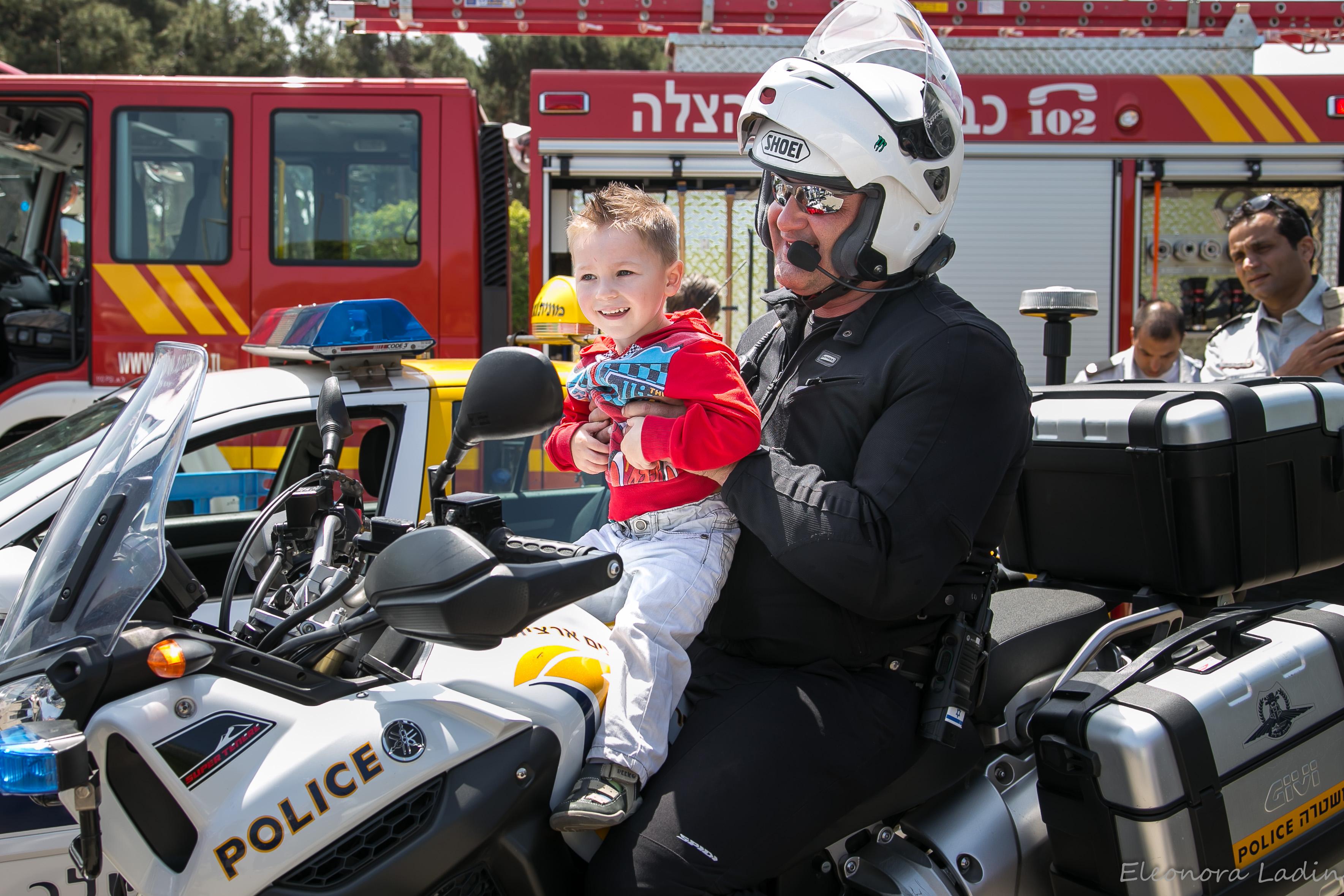 SUPERCARS едут в Тель-Авив