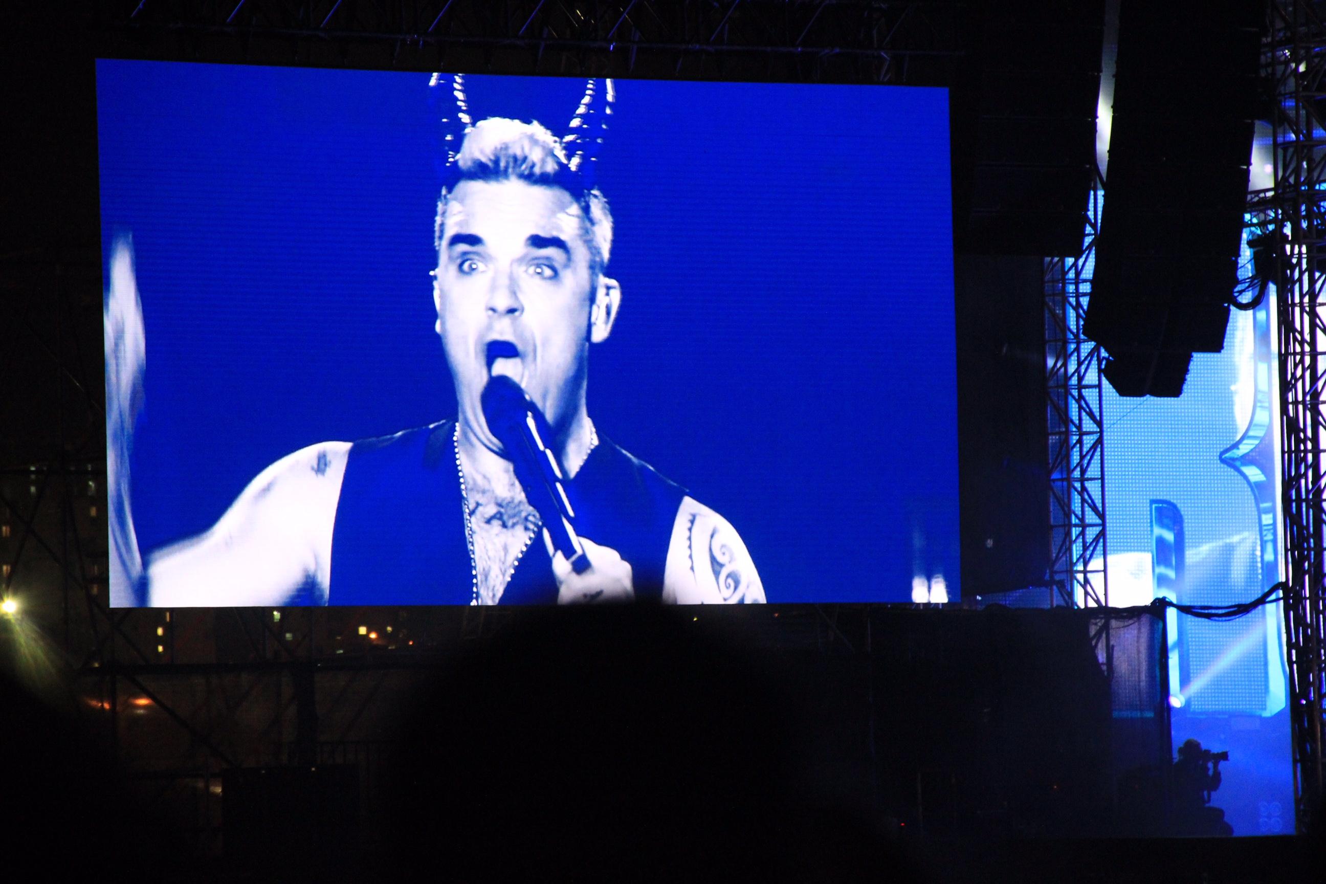 Robbie Williams и его великолепное шоу в парке Аяркон