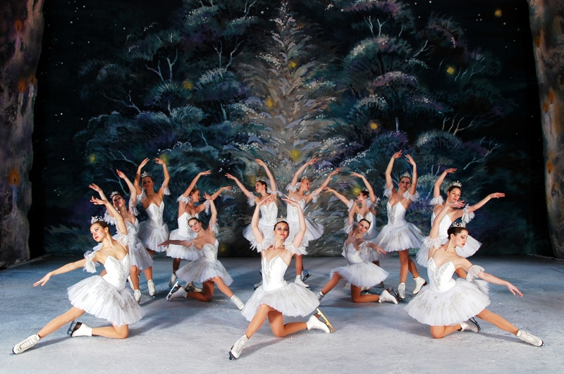 Единственный в мире театр классического балета на льду приезжает в Израиль