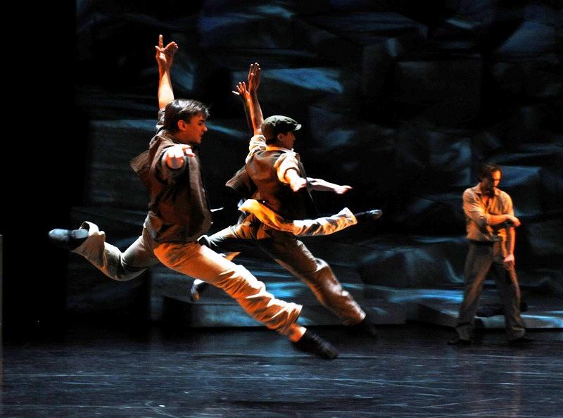 Это не скучно: балет — это не только Чайковский, это еще и Теодоракис