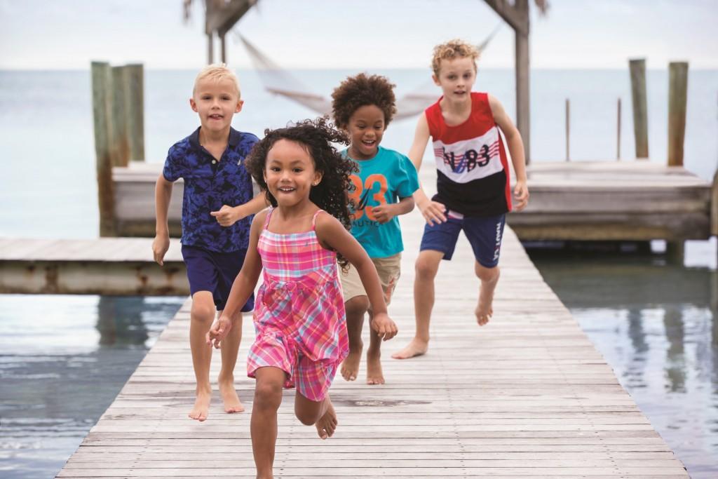 קטלוג נאוטיקה ילדים קיץ 2015 (1)