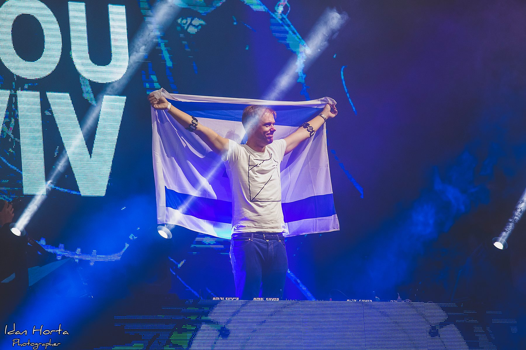 Armin Van Buuren снова покорил Израиль