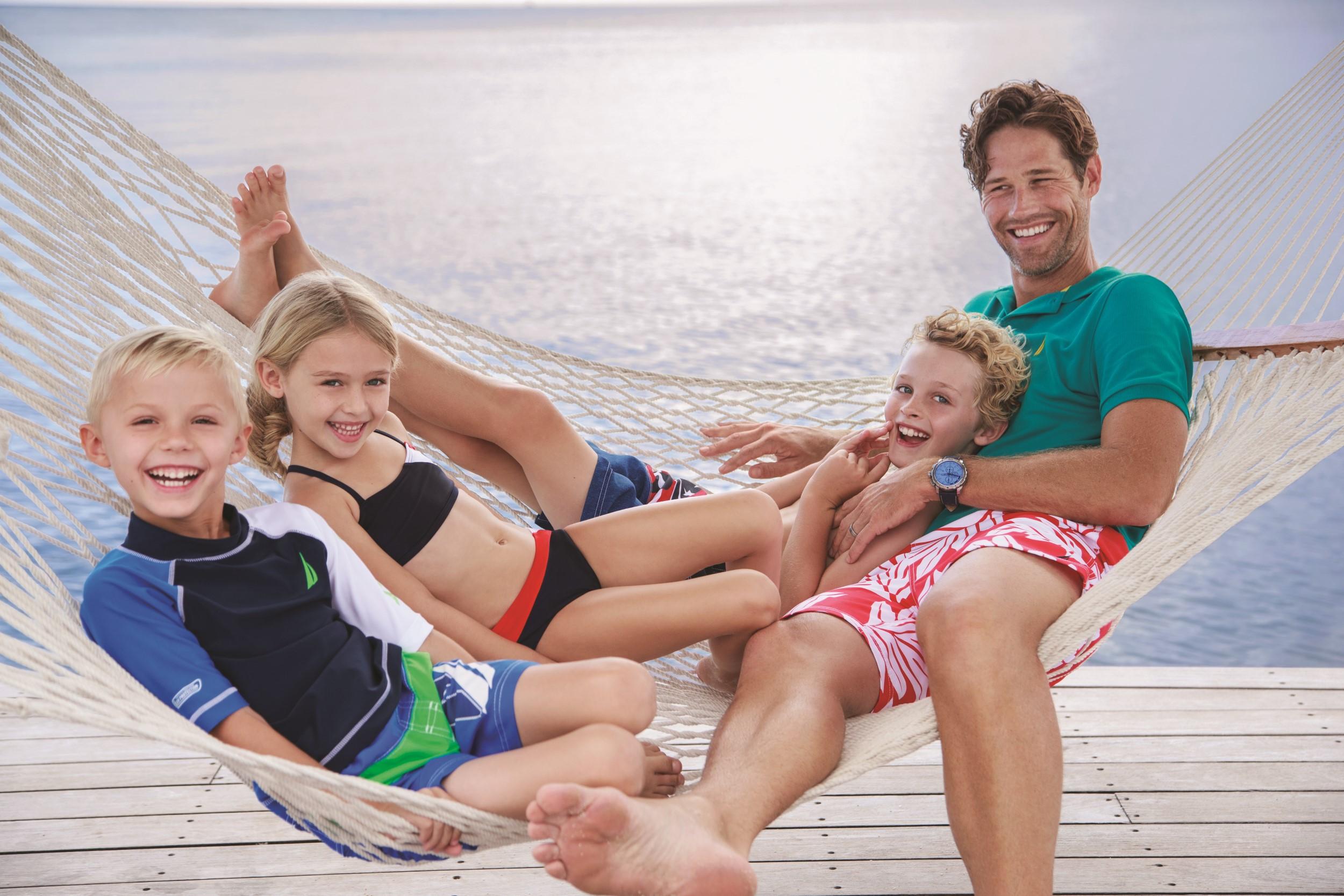 Конец сезона в «Nautica Kids» скидки 50%