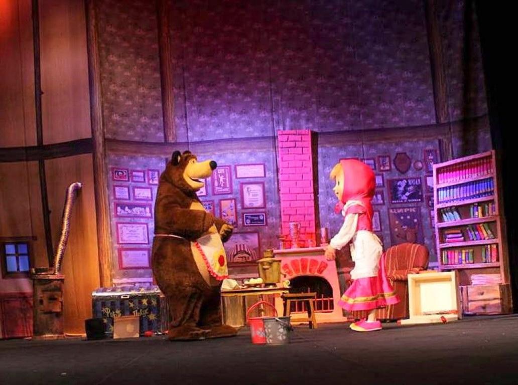 «Маша и медведь» – как феномен и как спектакль