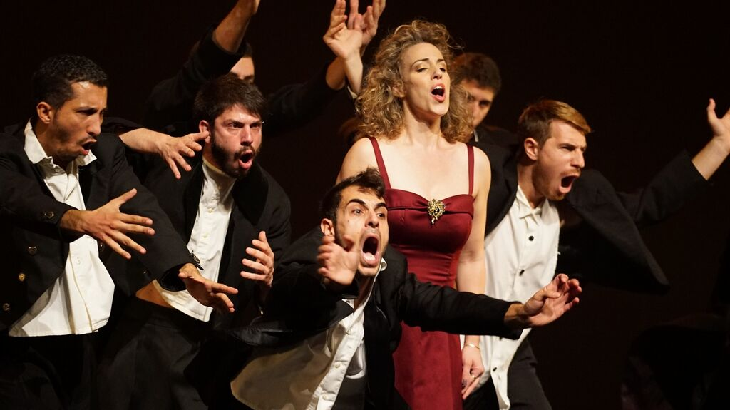 Мировая премьера нового спектакля израильского хореографа Ицика Галили «Человек на час»
