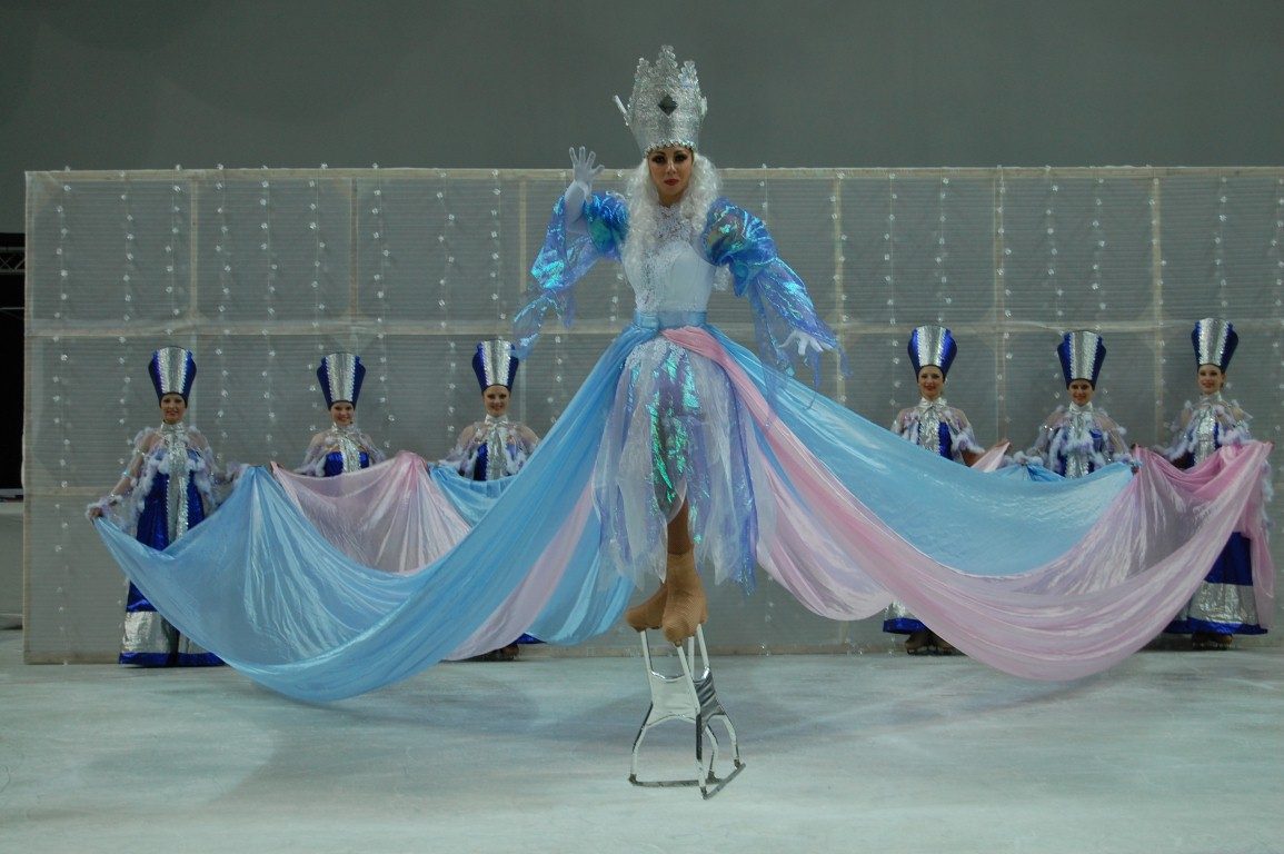 Московский цирк на льду представляет: сказка на льду «Снежная королева»