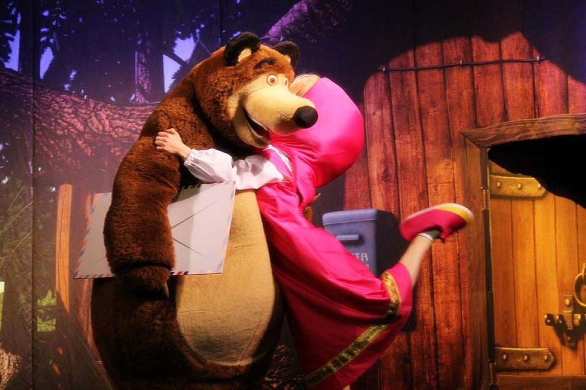 Спектакль «Маша и медведь» – главная героиня примеряет новые роли