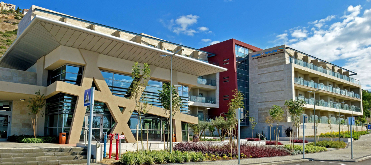 В Хайфе построен один из красивейших в Европе молодежных хостелей