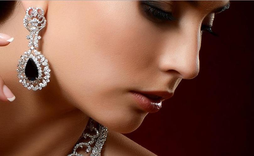 Новогодняя ювелирная коллекция — бриллианты от 1600 шекелей.