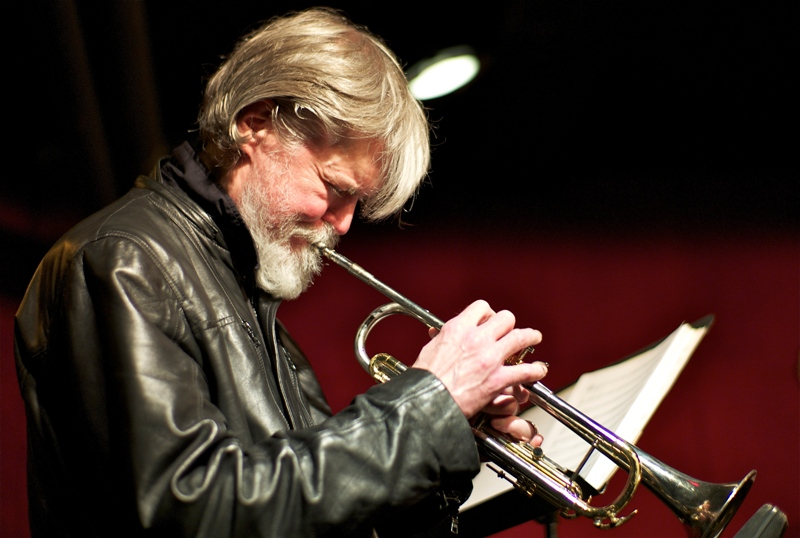 Том Харрелл: «Я сам не знаю: это я творю музыку, или она создает меня»