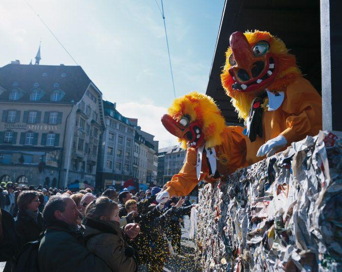 Ваггисы, клики, гуггемуузигги и шествие Монстров