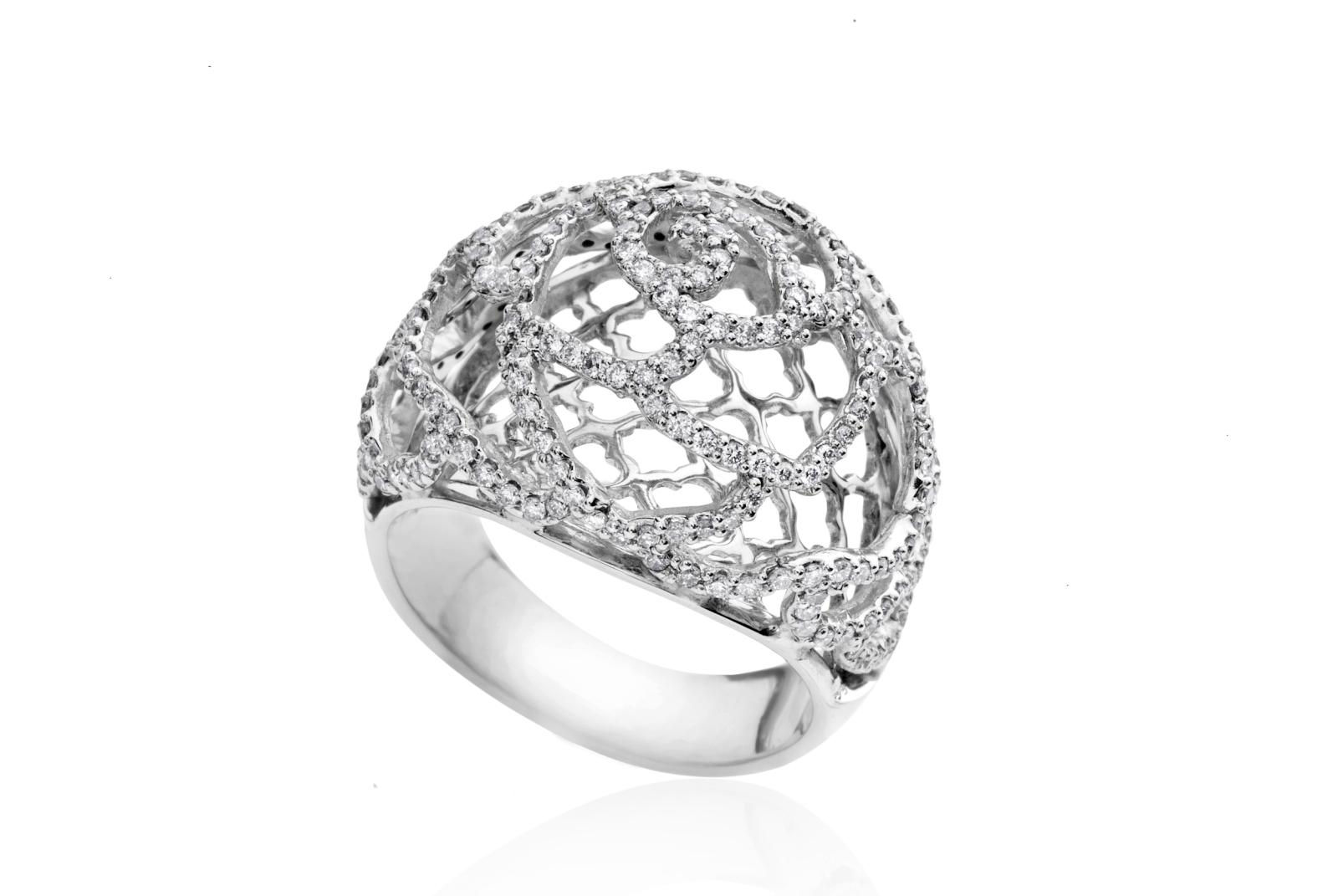 «Бурса ле-тахшитим»: скидка 70% на украшения с бриллиантами