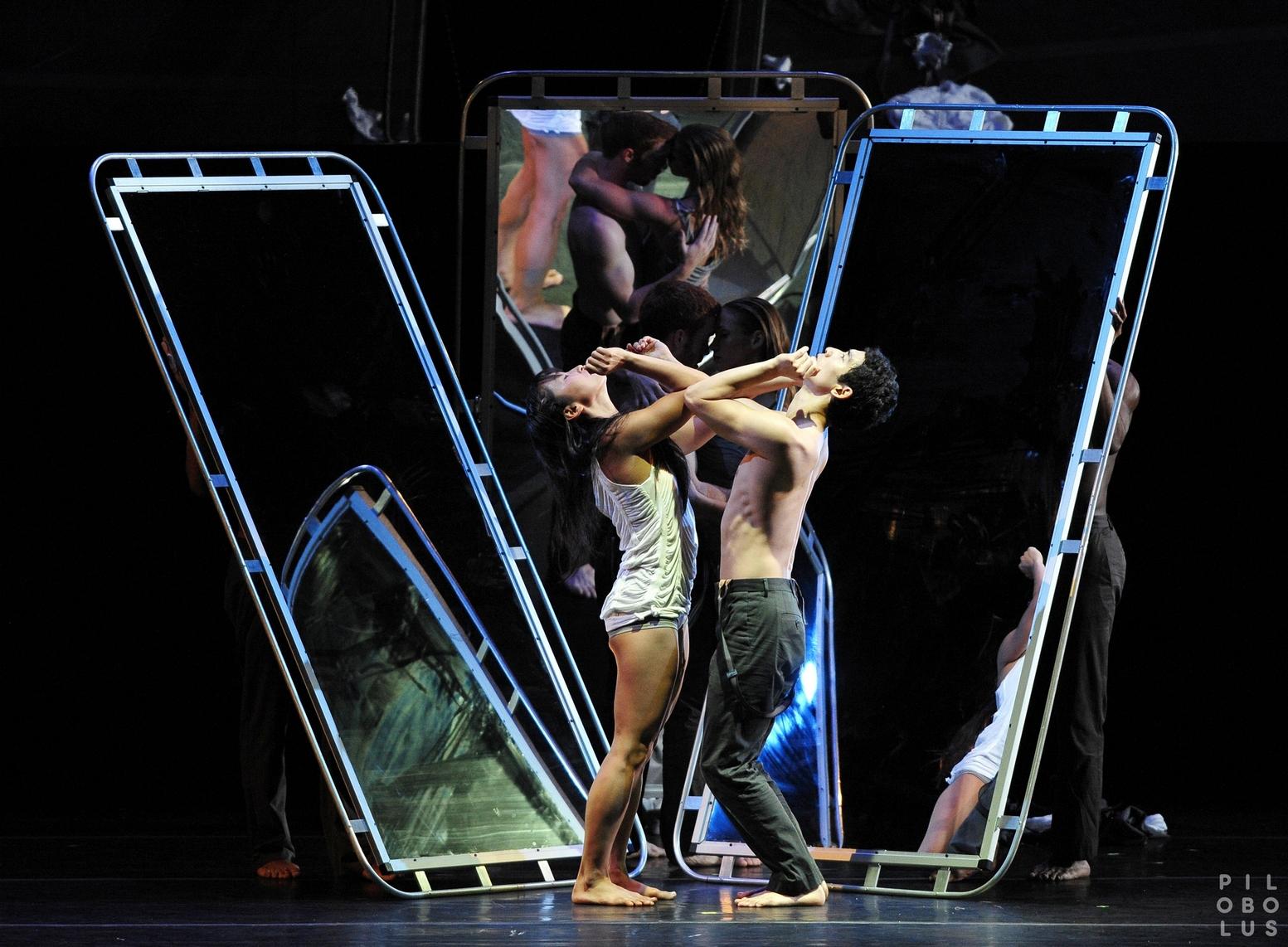 «Пилоболус» привезет в Израиль новый балет The Inconsistent Pedaler