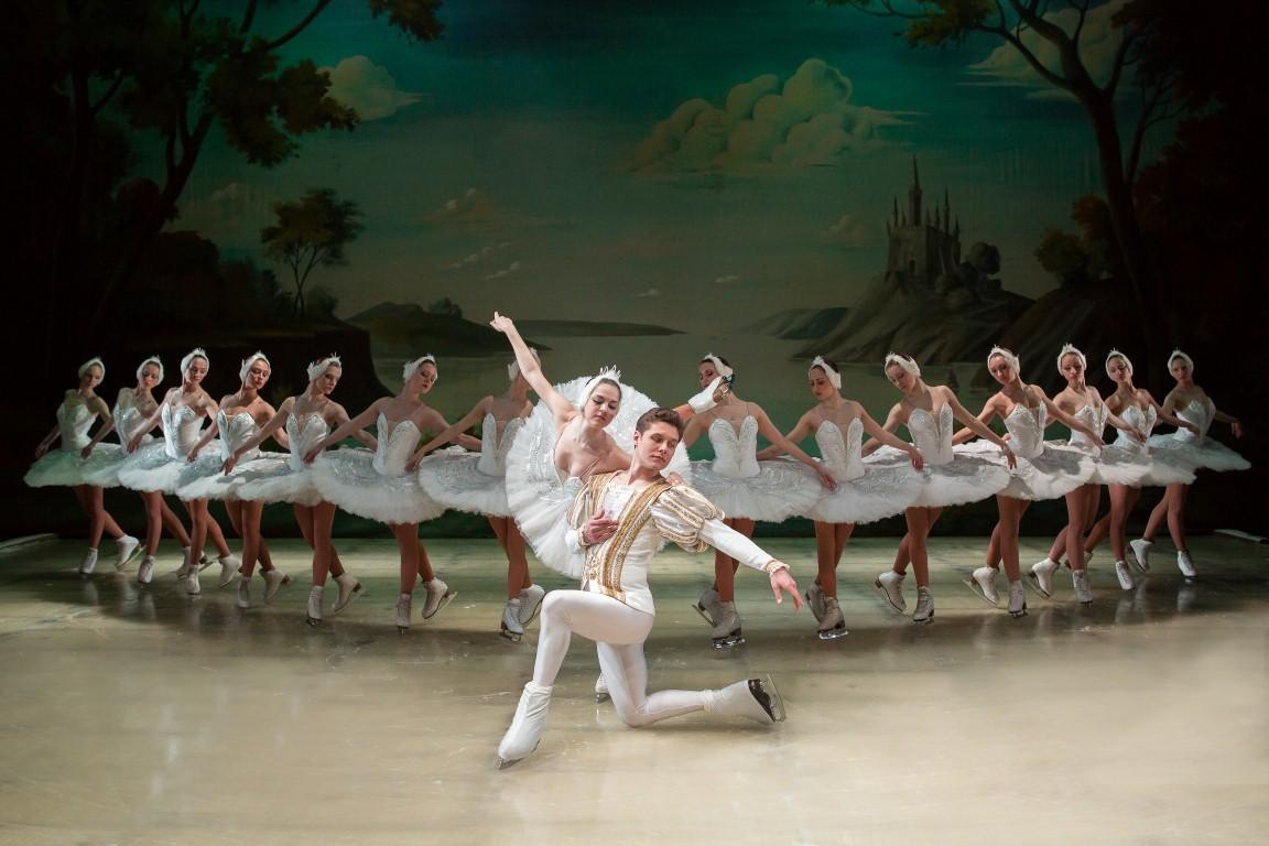 Балет + коньки + театральная сцена = Государственный балет нальду Санкт-Петербурга