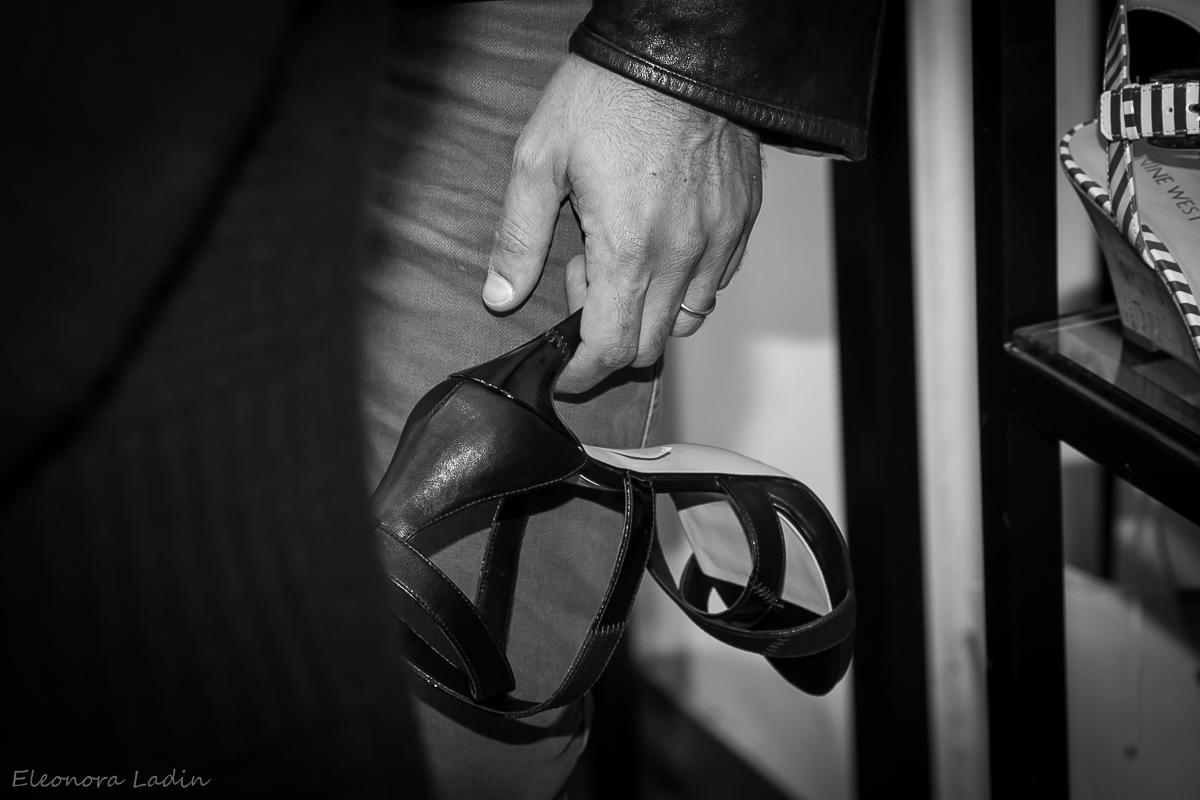 Пара хороших туфель, покорят мир