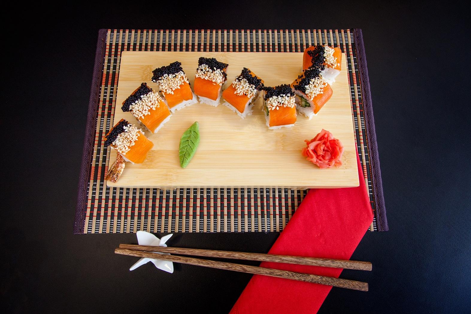 Частичка Японии в Origami Sushi
