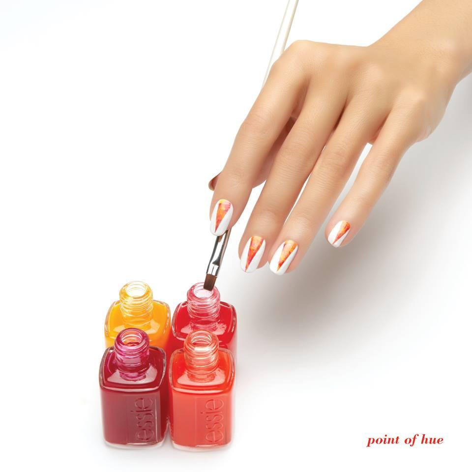 Essie: настоящая акварель на ногтях