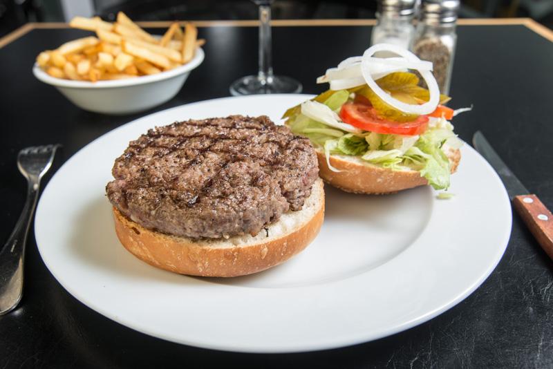 5 самых вкусных гамбургеров