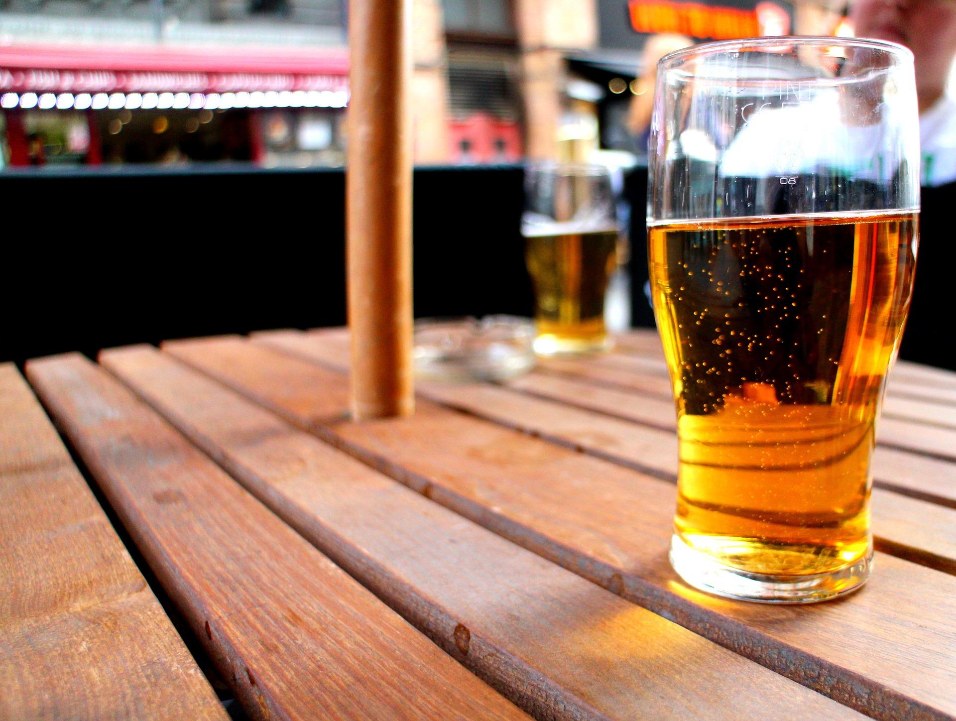 Пиво лучше воды спасает от жары