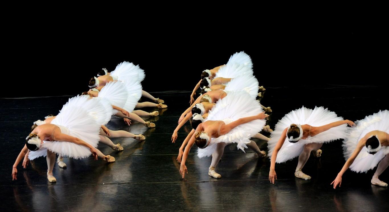 «Белый лебедь» Израильского Балета в Тель-Авивской Опере