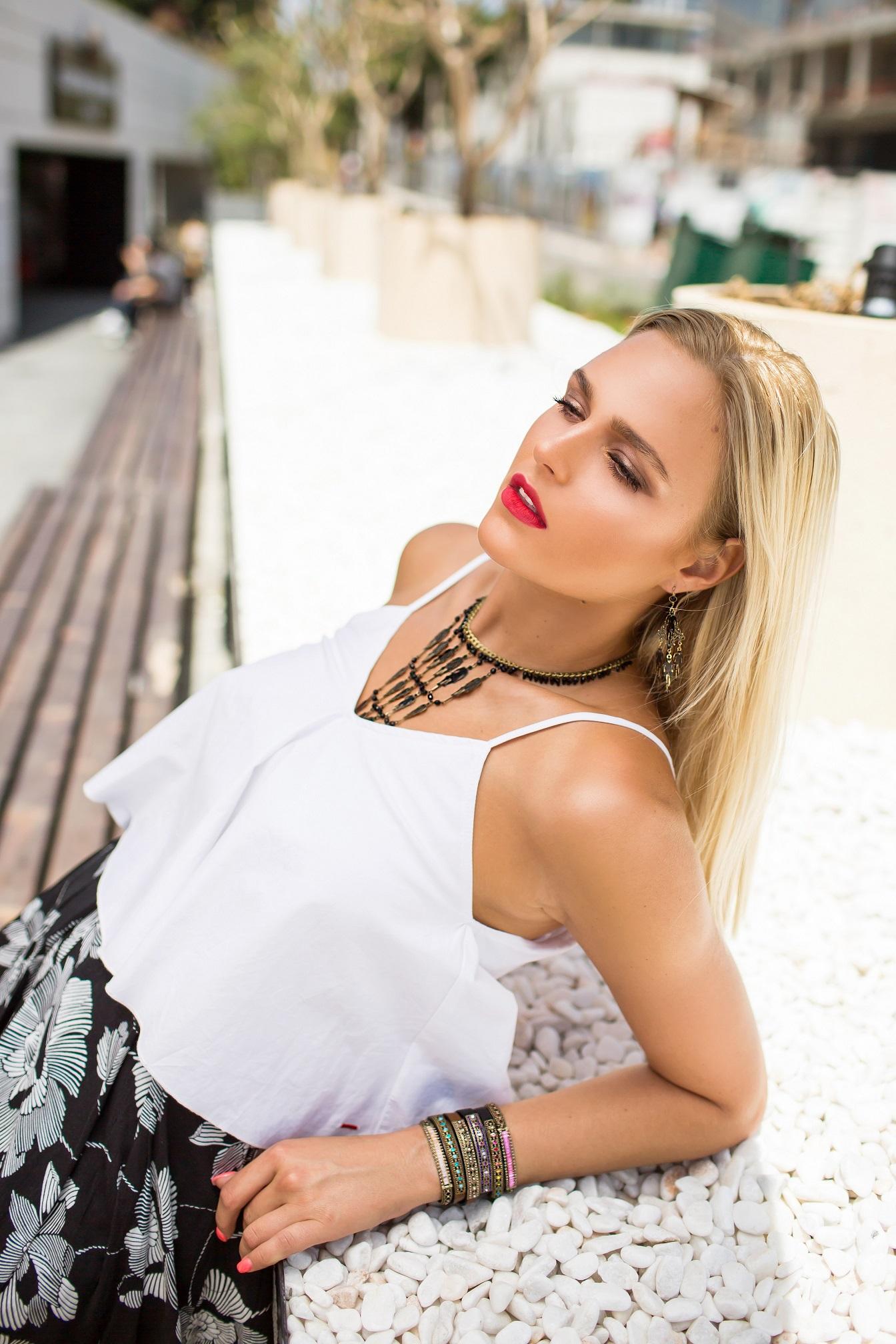 Мировой тур стиля: дух модных столиц в украшениях Michal Negrin