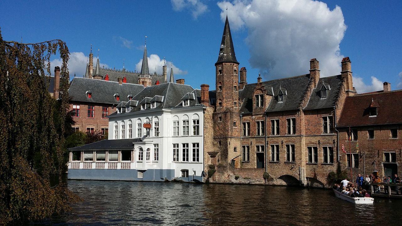 elegantnaya zagadochnost Brugge