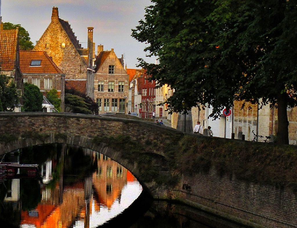 elegantnaya zagadochnost Brugge2