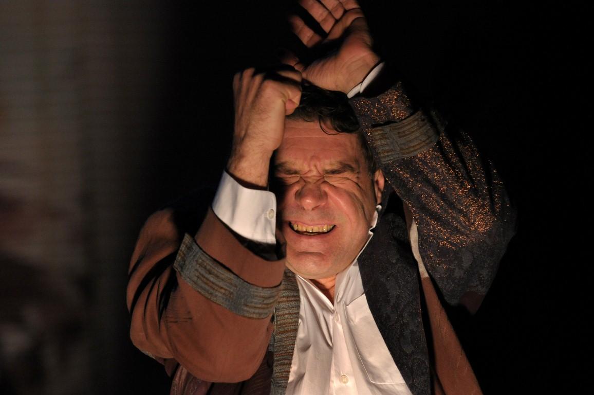 О «Бумажном браке» и настоящих чувствах от Сергея Маковецкого — актера, который может сыграть всё