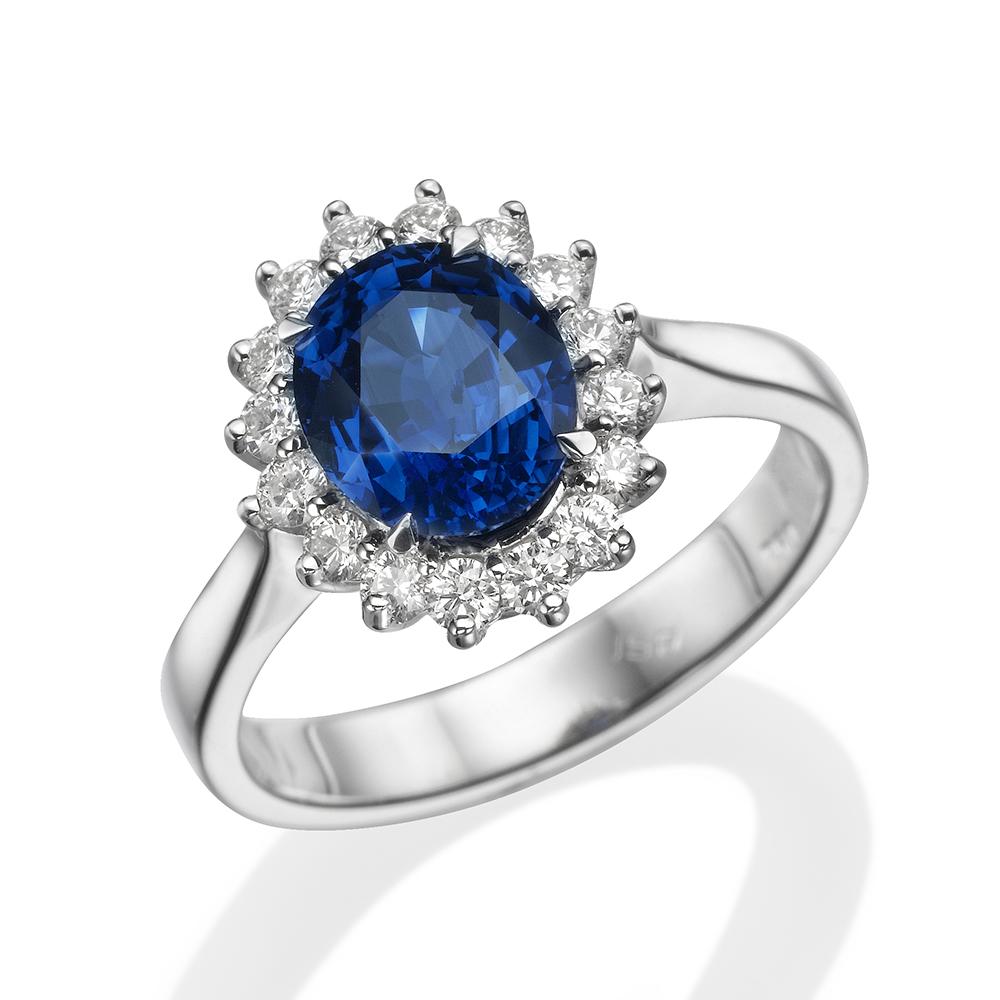 Украшение для леди: легендарное кольцо принцессы Дианы уже в RDC