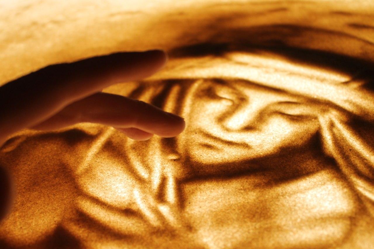 «Extravaganza» – шоу огня, света и рисунков на песке. Впервые в Израиле – всего 5 представлений в августе