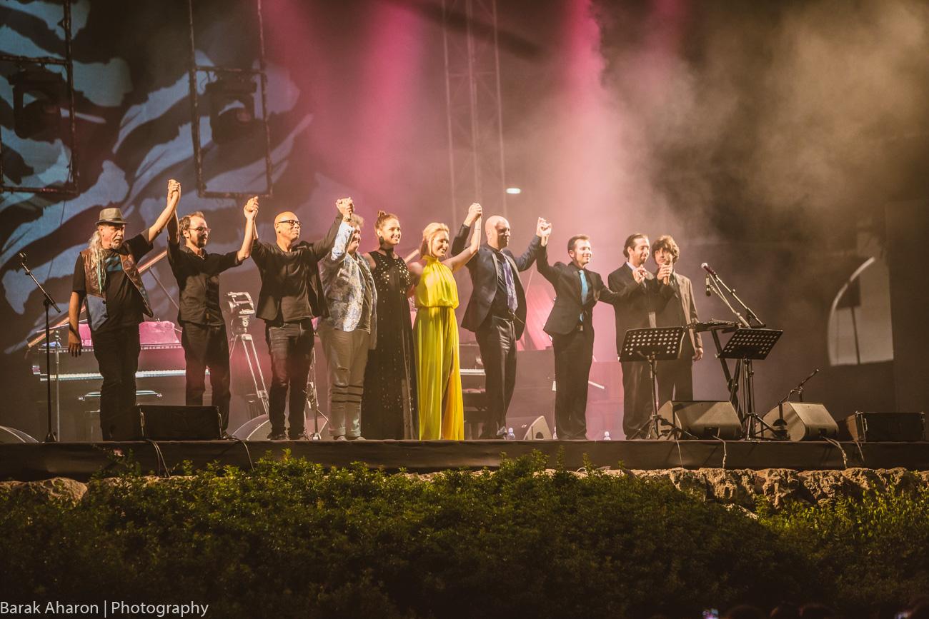 «7 роялей, одна сцена +» — 25 августа в Кейсарии