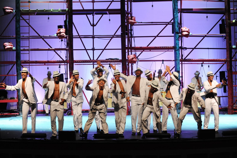 Впервые в Израиле! «Байла Бразиль» – яркий коктейль танцевальных стилей и ритмов!
