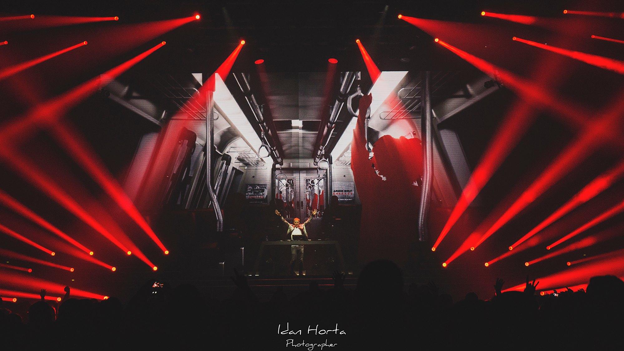 Отчет с концерта Armin Only Embrace