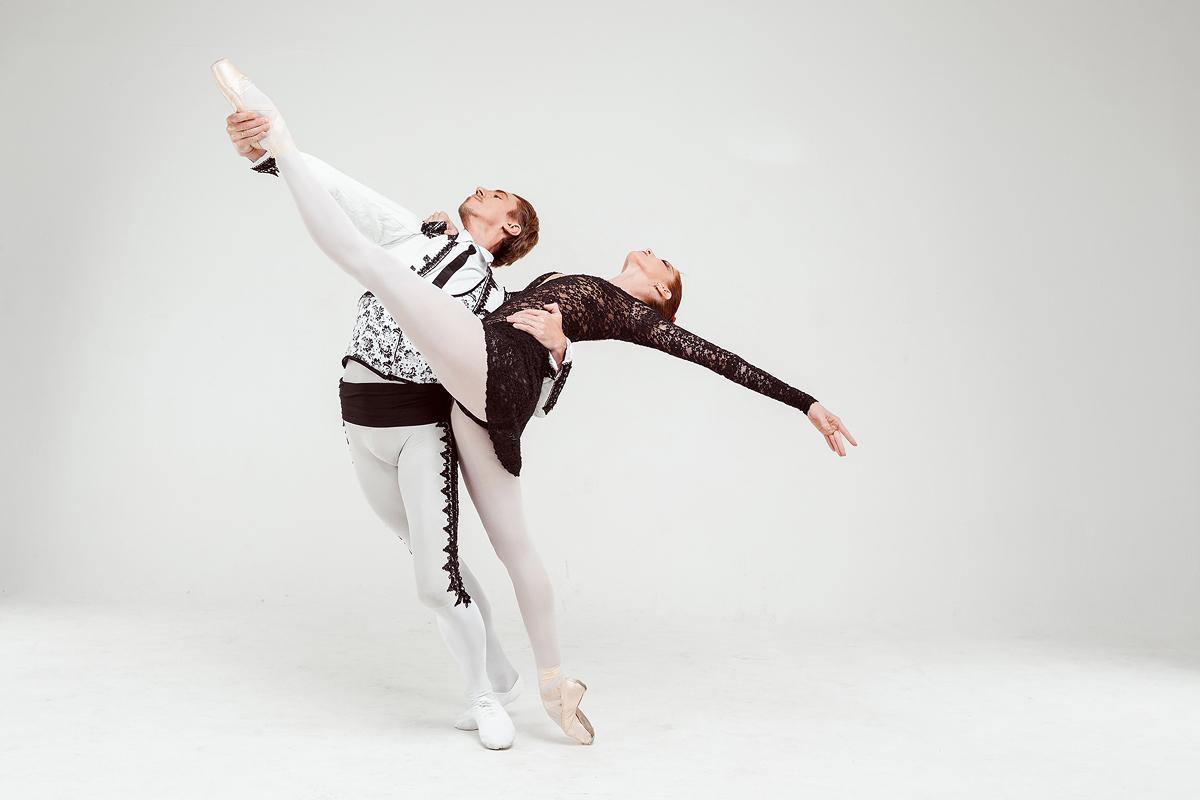 Скоро в Израиле Балет на музыку Родиона Щедрина «Кармен-сюита» Посвящается Майе Плисецкой