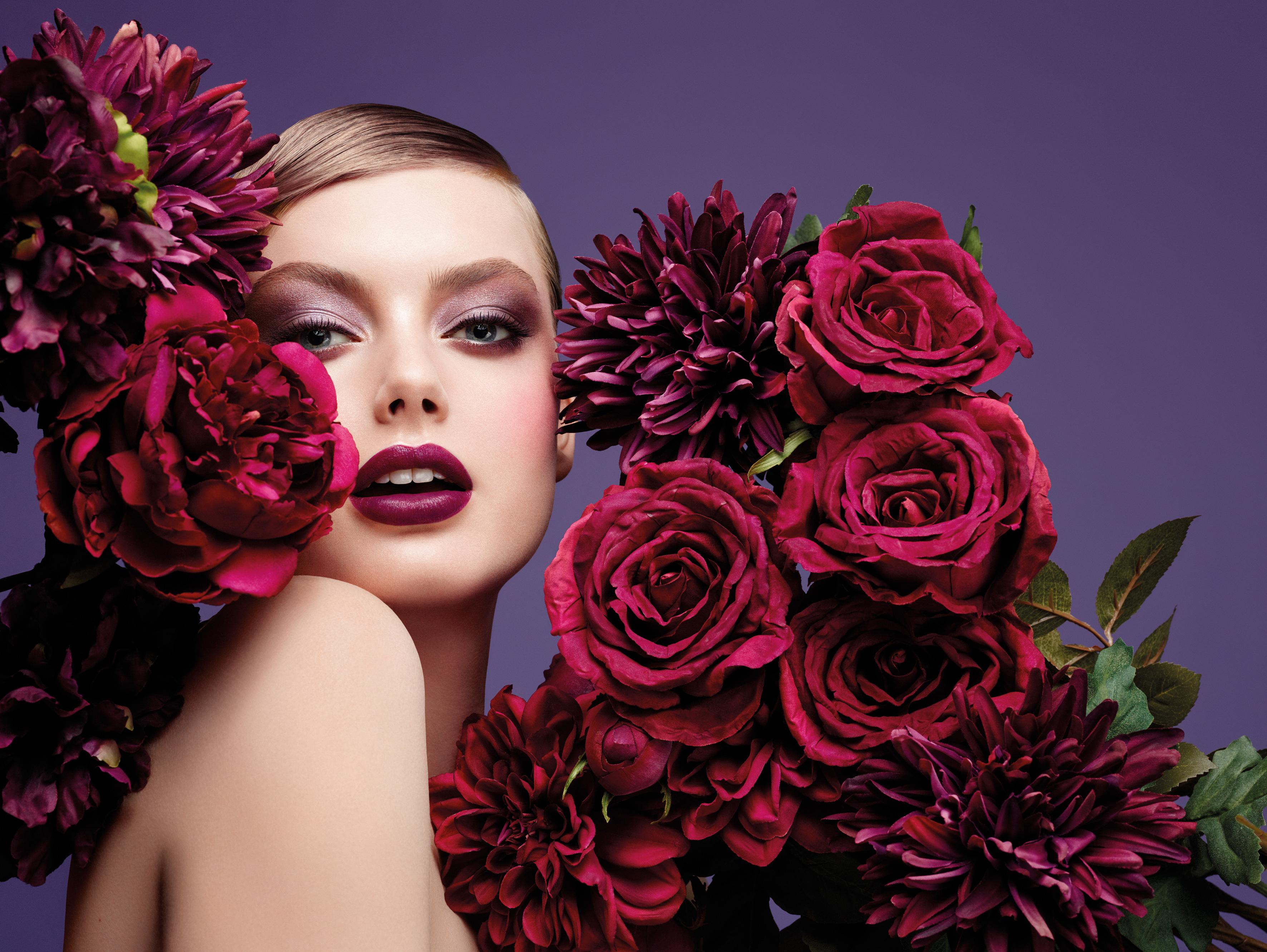 Новогодний макияж в стиле барокко от итальянской марки Pupa
