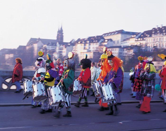 Карнавальное веселье в Швейцарии