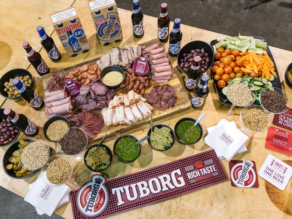 Кулинарный мастер-класс от шефа:  пиво Tuborg Red и Tuborg Blue как основа деликатесов  и как правильное дополнение к ним
