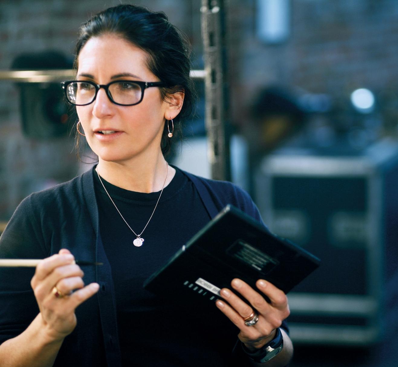 Стань собственным визажистом с Bobbi Brown: уроки макияжа и уверенности в себе