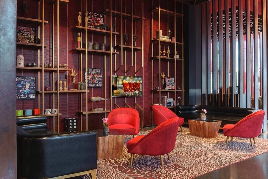 Новый богемный концептуальный отель NYX в самом сердце Тель-Авива принимает гостей, вместе с их четвероногими друзьями