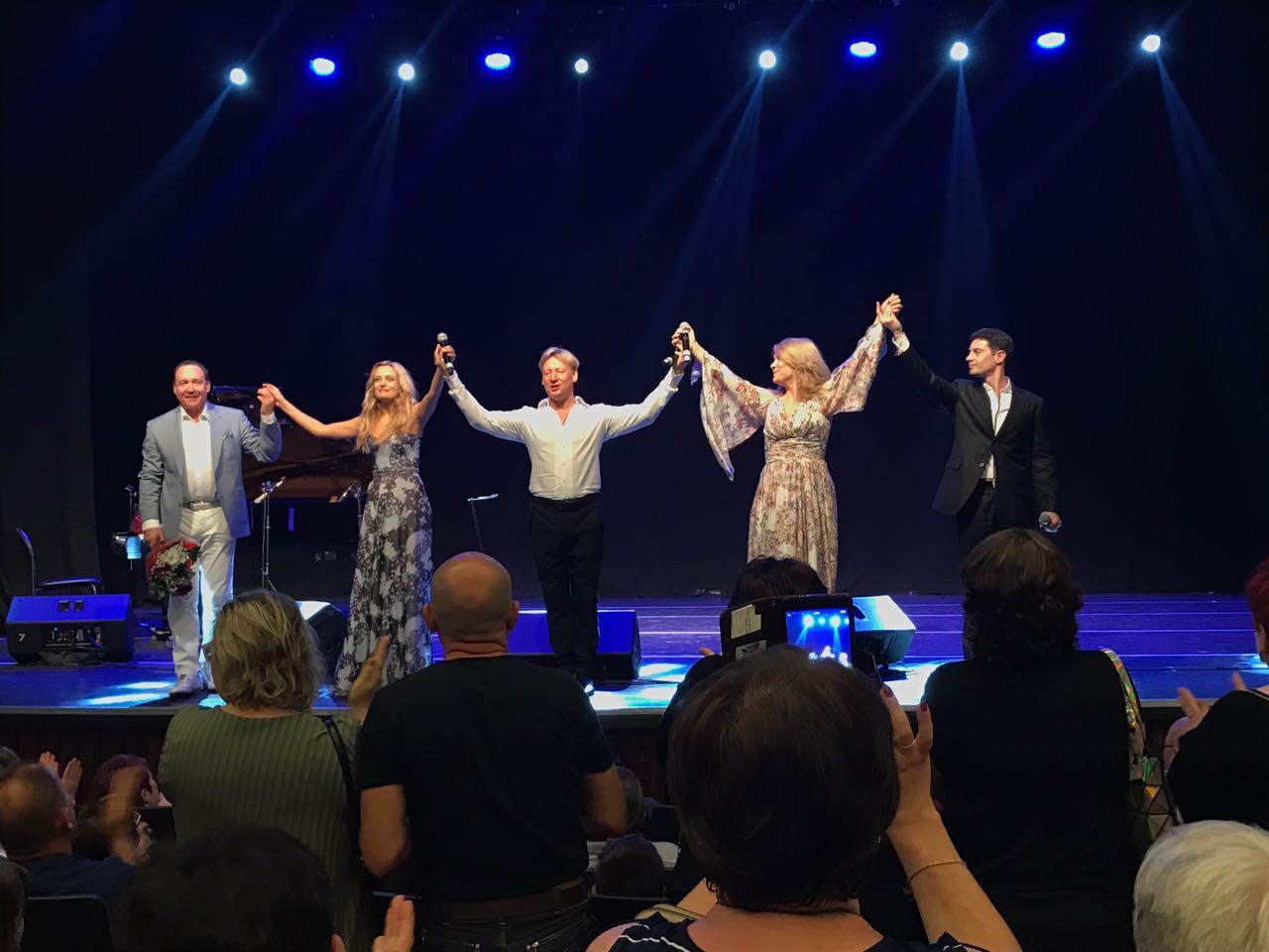 Юбилейный тур Дмитрия Харатьяна в Израиле продолжается