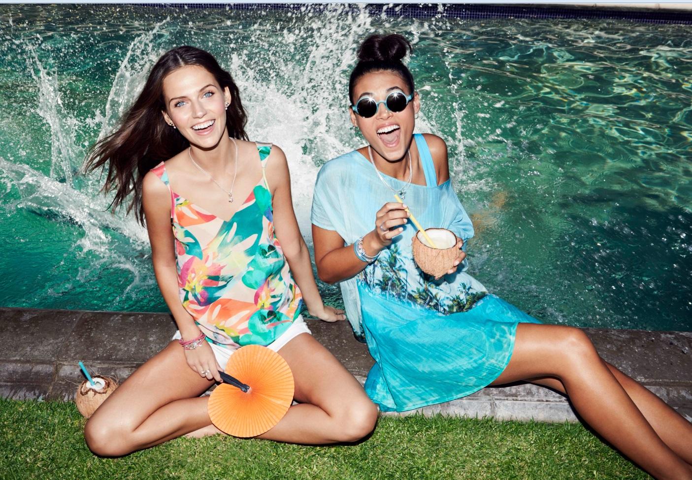 Праздник лета в Pandora: новая и самая ожидаемая коллекция года уже в продаже!