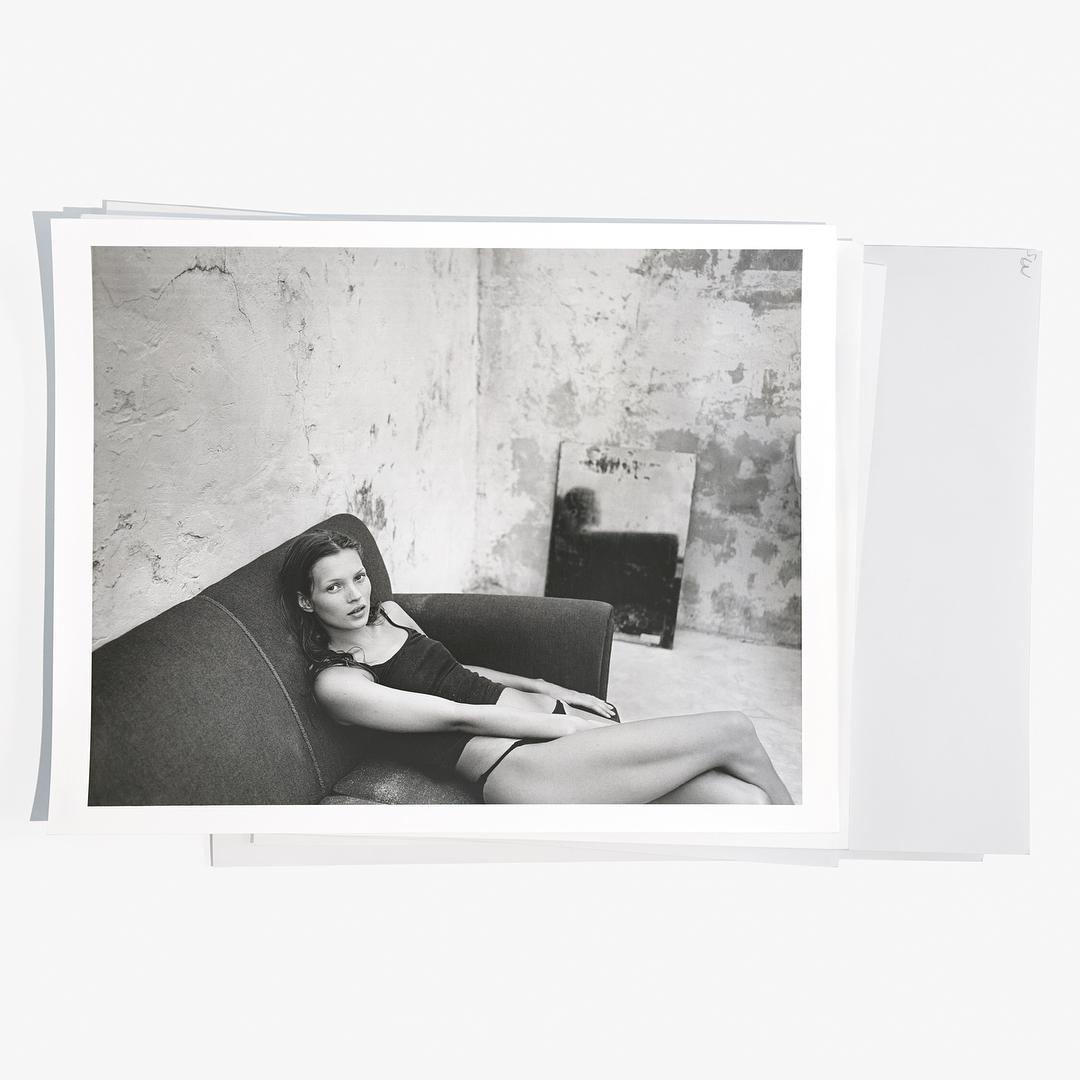 Кейт Мосс в рекламной кампании Calvin Klein