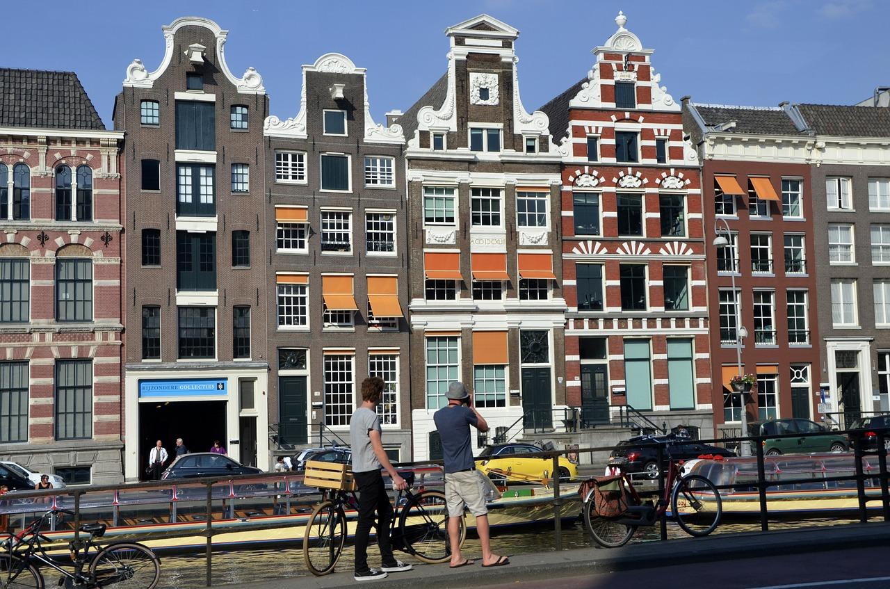Амстердам – самая яркая столица Европы!