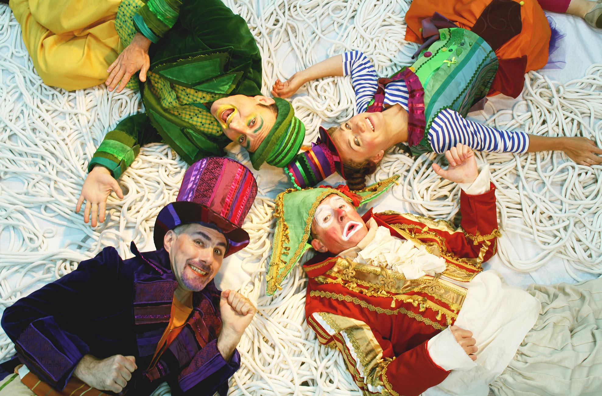 «Алиса и старый цирк» — премьера театра «Маленький»