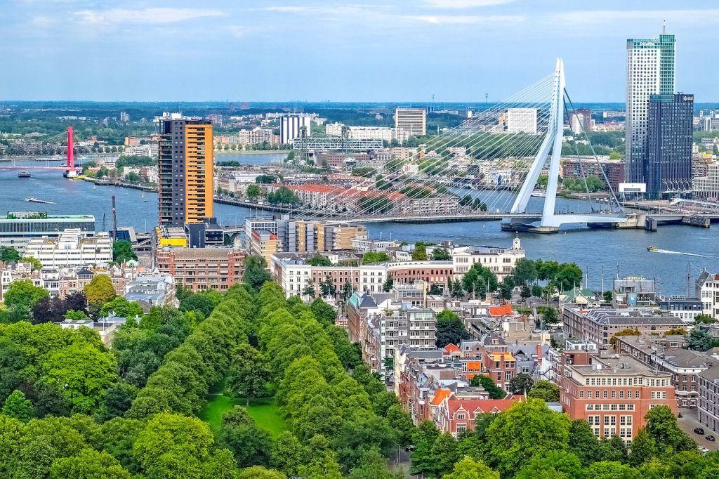 Роттердам – от рыбацкой деревушки до постмодернизма