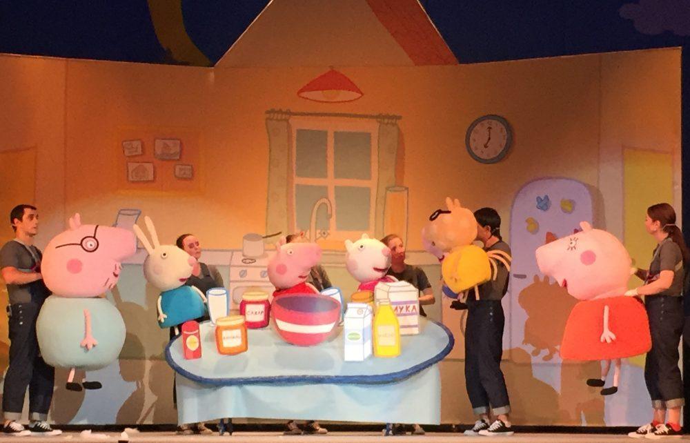Новогоднее чудо для ваших детей – Свинка Пеппа у нас в гостях!