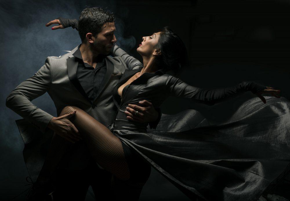 Полная страсти постановка «Танго в тени»