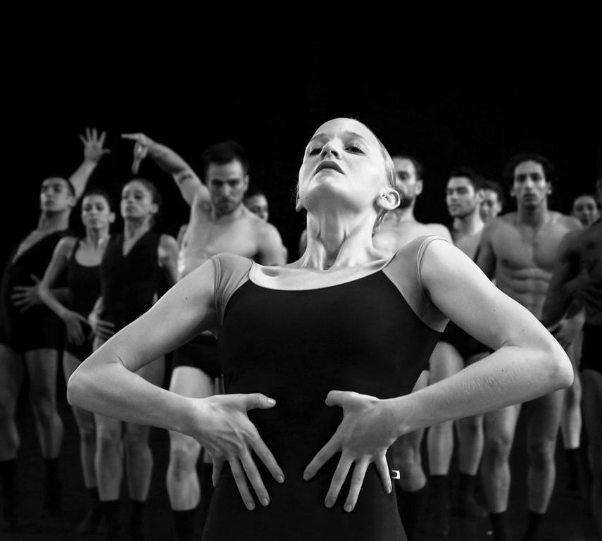 «Израильский балет» и Шарон Эяль представляют: «Кармен NOVA» – мировая премьера